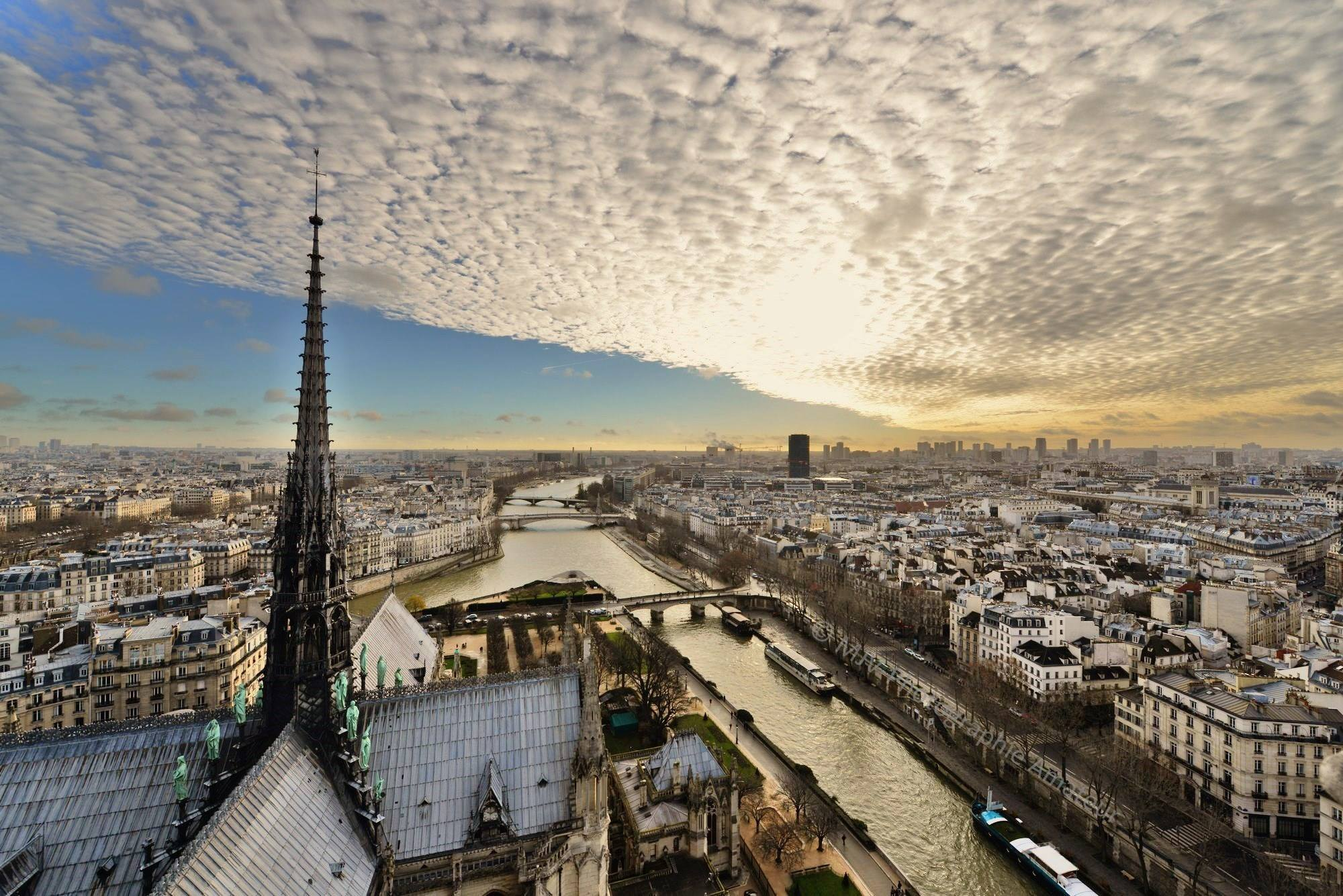 photo-vu-du-ciel-paris-.jpg